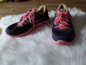 Nike Gr 40 pink grau