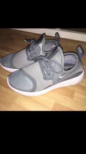 Nike Größe 36