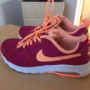 Nike Größe 38.5
