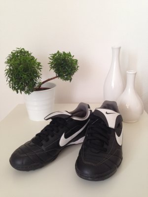Nike Hallen Fußballschuhe