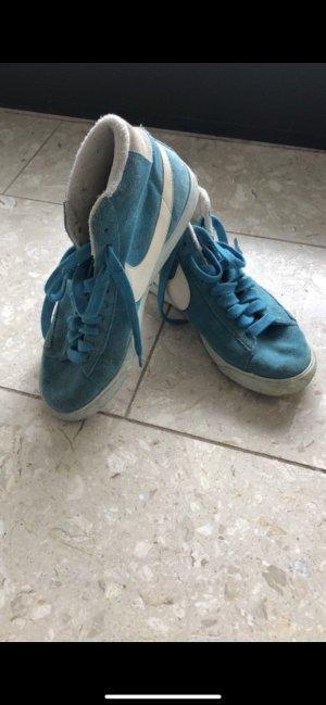 Nike High- sneaker Hellblau