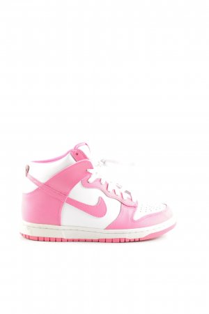 Nike Zapatillas altas rosa-blanco look casual