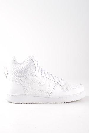 Nike High Top Sneaker weiß sportlicher Stil
