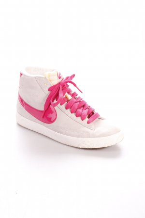 "Nike High Top Sneaker ""Blazer"""