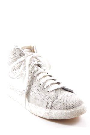 Nike High Top Sneaker graugrün-weiß Casual-Look