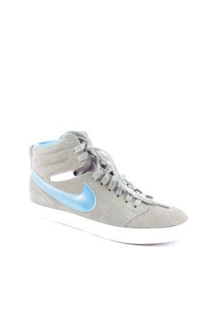"""Nike High Top Sneaker """"Hally Hoop"""""""