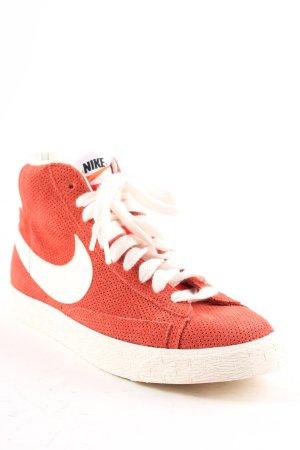 Nike High Top Sneaker weiß-rostrot Skater-Look