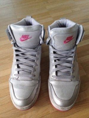 Nike Hightop Sneakers Turnschuhe Größe 40 wie neu silber pink