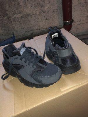 Nike Sneaker stringata nero-antracite