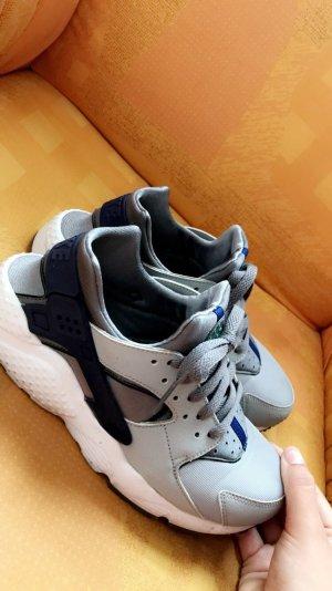 Nike Huarache 38.5