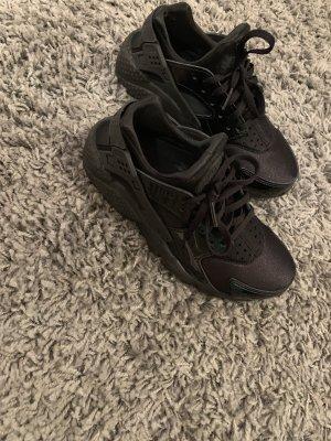 Nike huarache Black