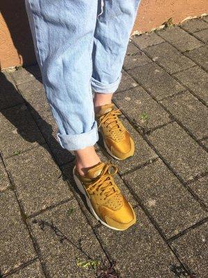 Nike Huarache Gold; Damenschuhe; Schuhgröße 39; so gut wie neu :)