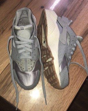 Nike Huarache Gr.40