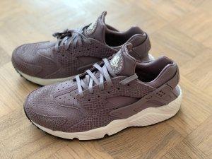 Nike Huarache Gr. 42 (eher 40) wie neu