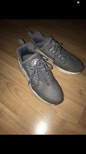 Nike huarache grau-blau