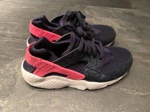 Nike Huarache in blau/pink, Größe 38