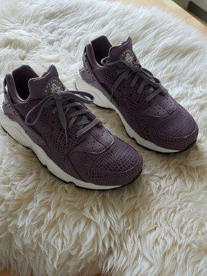 Nike Huarache in Größe 40