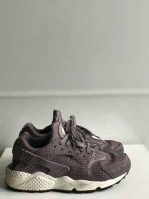 Nike Huarache in Schlangenoptik
