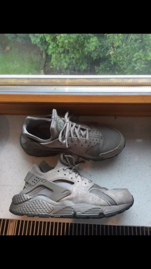 Nike Huarache Iron 40,5