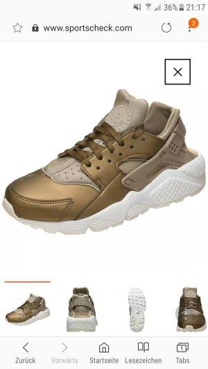 Nike Huarache Khaki/Weiß