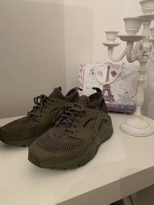Nike Huarache Military Green