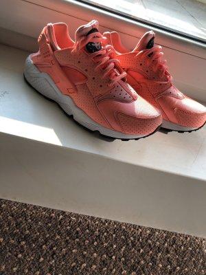Nike Sneakers met veters lichtrood-neonoranje