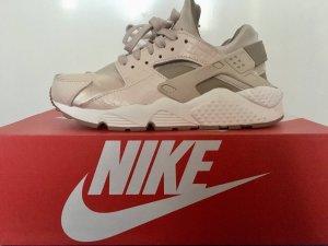 Nike Huarache Premium Beige Gold
