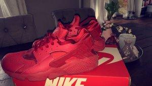 Nike Huarache rot Größe 43