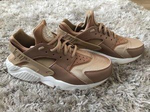 Nike Huarache Run SE Größe 39