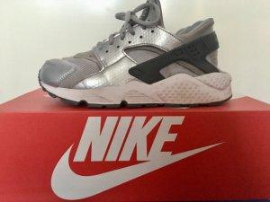 Nike Huarache Silber Grau