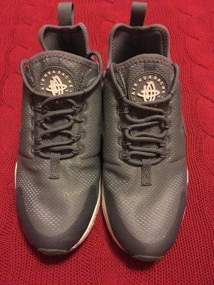 Nike Huarache Ultra all grey