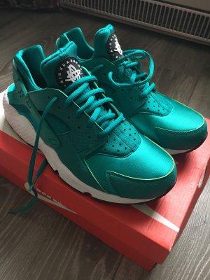 Nike Huaraches fast neu!