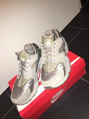 Nike huaraches super Zustand