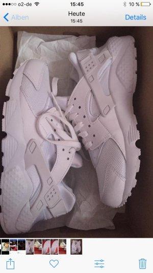 Nike Hurrache run (GS) in weiß