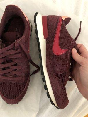 Nike Internationalist 36.5 Aubergine