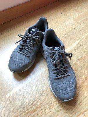 Nike Internationalist 38.5