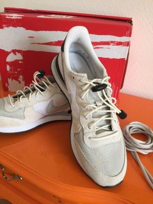 Nike Internationalist Gr. 39 - 25 cm - beige-weiß - OVP