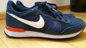 Nike Internationalist Gr. 40.5 wie neu