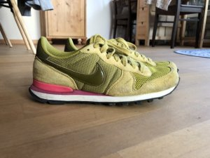 Nike Internationalist Gr. 40 selten!! Olive pink