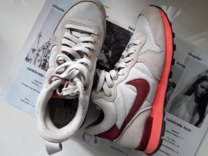 NIKE Internationalist MID Women Gr. 36,5