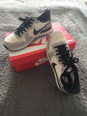 NIKE Internationalist Premium Sneaker, Safariprint, NEU, Gr.42
