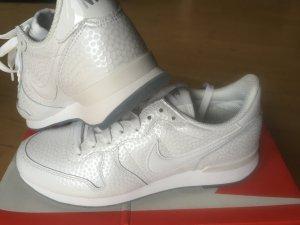 Nike Internationalist Premium weiß