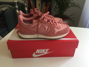 Nike Internationalist rosa, pink