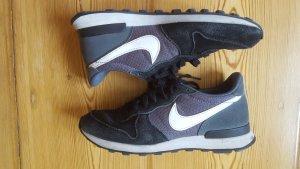 Nike Internationalist, schwarz grau, Gr. 38,5
