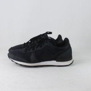 NIKE Internationalist Sneaker Gr. 40,5 (18/10/341)