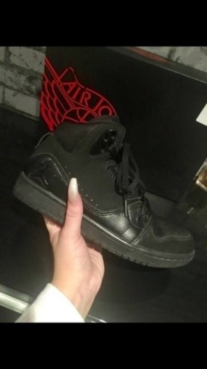 Nike Jordan in schwarz