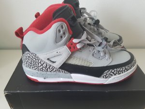 Nike Zapatillas gris-rojo