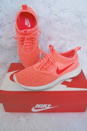 NIKE Juvenate Atomic Pink / White Crimson Sneaker Gr. 37.5 orange koralle