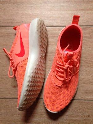 Nike Juvenate Größe 41 atomic pink bright crimson