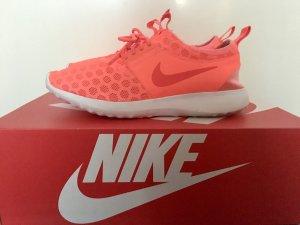 Nike Juvenate Neon Orange